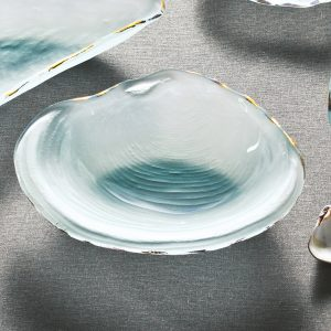 glass annie clam frosted