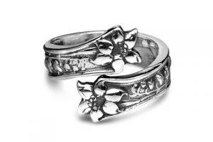 silverspoon-Ring-LILA